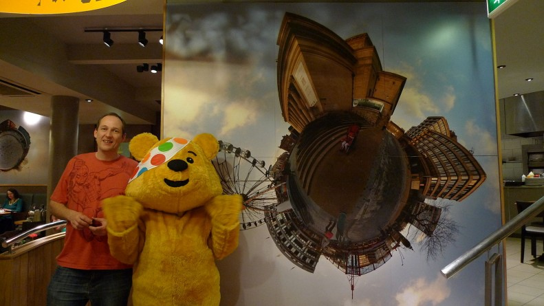 BBC_pudsey_bear_in_sheffield_children_in_need-2009