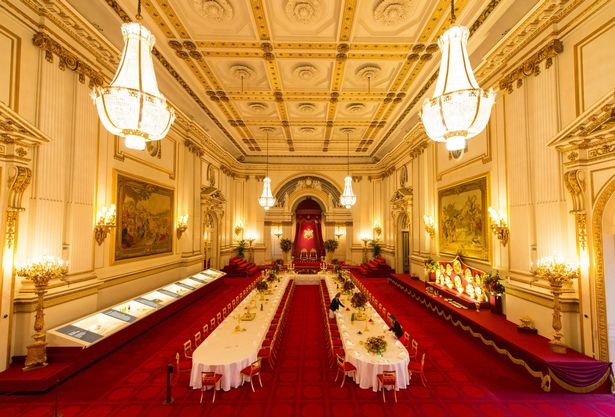 The-Buckingham-Palace-ballroom-set-for-a-state-banquet-part-of-the-annual-Summer-Opening-of-Buckingham-Palace