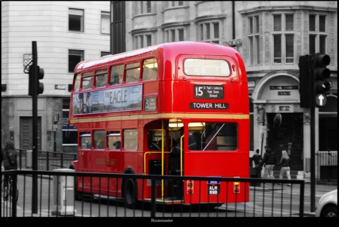 двухэтажный автобус