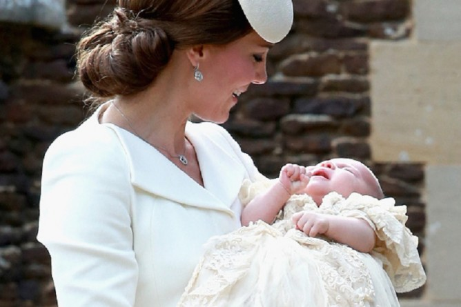 герцогиня Кэмбриджская и принцесса Шарлотта