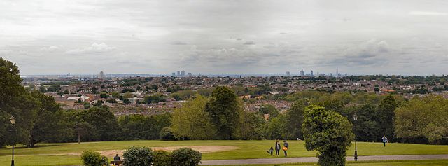 640px-Panorama_seen_from_Alexandra_Palace