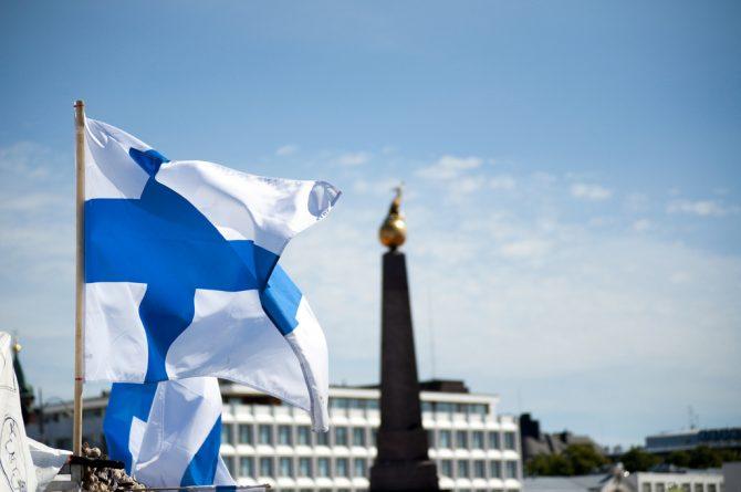 Бизнес и финансы: Финляндия планирует ввести безусловный ежемесячный доход в размере 800 евро