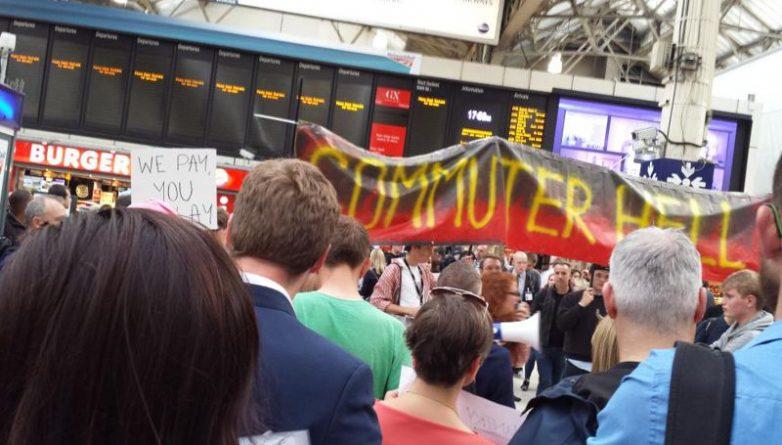Общество: Садик Хан сказал, что Southern Rail - «обуза» для Лондона