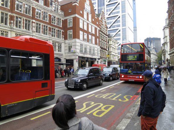 Общество: Работники автобусов  объявили 24-хчасовую забастовку в Лондоне