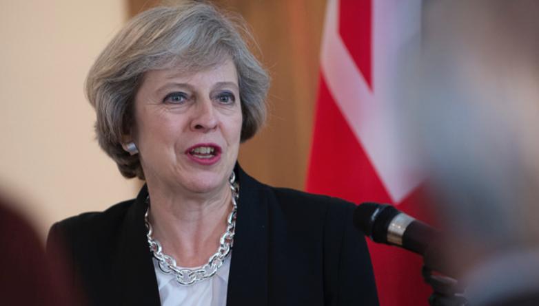 Закон и право: Тереза Мэй обязала министров принять «целевую визовую систему»