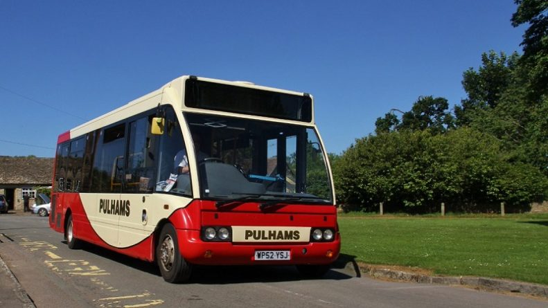 Общество: Жители сел Англии изолированы от внешнего мира из-за сокращения автобусных рейсов