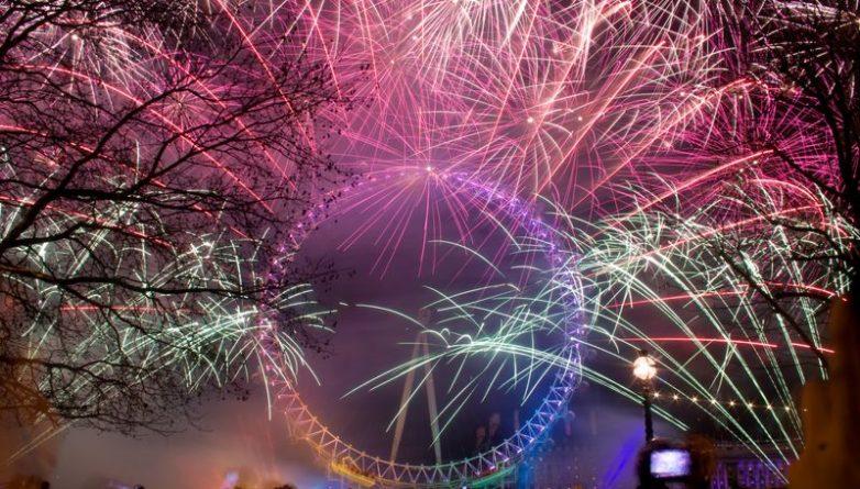 Досуг: Откуда можно посмотреть на новогодние фейерверки бесплатно?