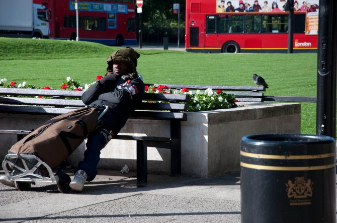 Общество: В Британии проживает четверть миллиона бездомных