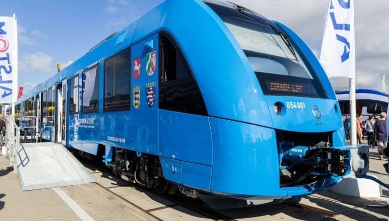 Alstom_Coradia_iLint_-_innoTrans_2016
