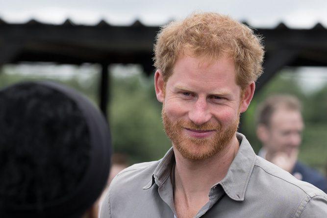 Знаменитости: Принц Гарри похвалил работников «Боро-маркета»