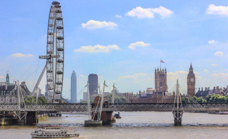 Происшествия: Посетители колеса обозрения London Eye были эвакуированы из-за бомбы