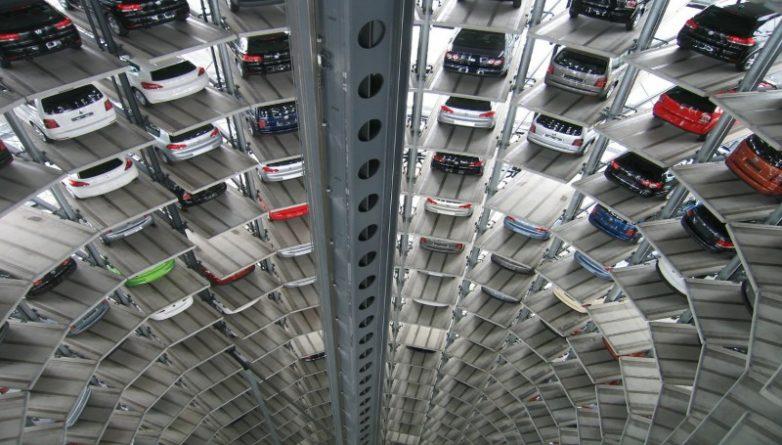 Бизнес и финансы: Британцев ждет резкий скачок цен на автомобили
