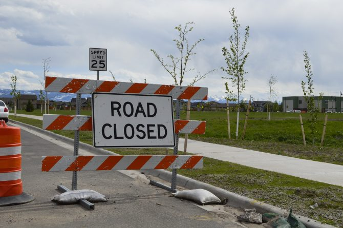 road-closed-1683243_1920