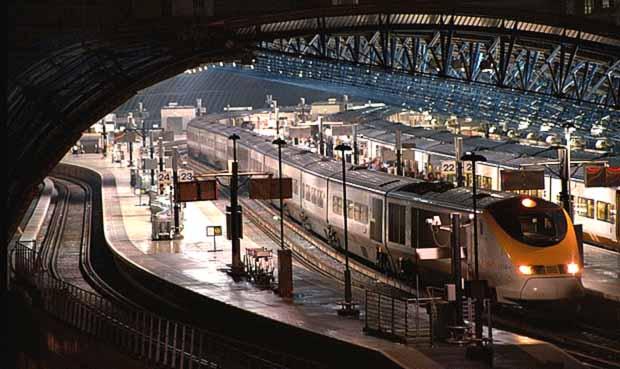 Станцию Ватерлоо после ремонта открыли с опозданием