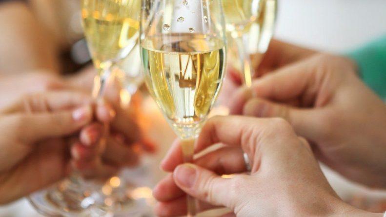 Лайфхаки и советы: Aldi выпустит первую трехлитровую бутылку просеккок Рождеству