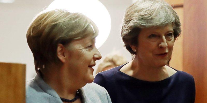 Политика: Brexit: Меркель бросает спасательный круг
