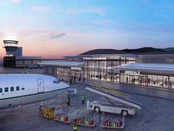Путешествия: На остров Святой Елены прилетел первый самолет