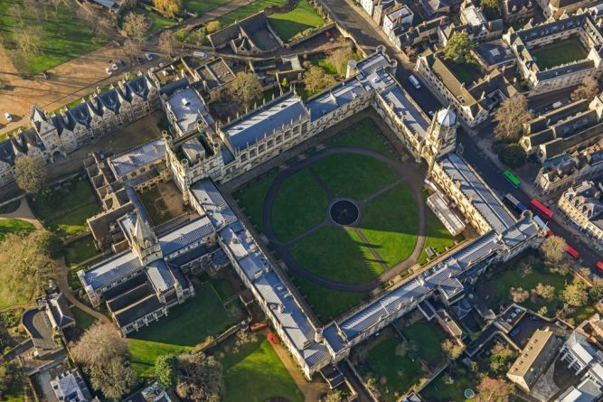oxford-aerial-view-DLSY20fXcAATCwi