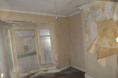 Семья отремонтировала разрушенный дом, купленный за £1 рис 2