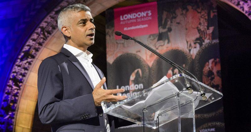 Общество: Мэр Лондона сократит количество пластиковых отходов и обеспечит столицу питьевой водой