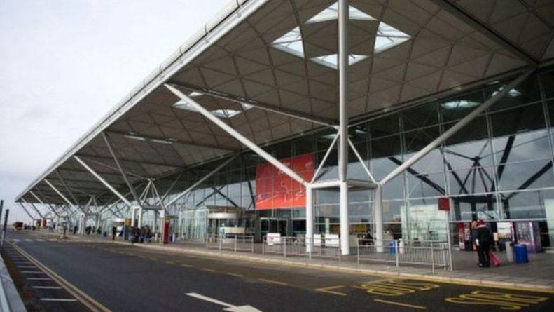 Происшествия: В британском аэропорту по подозрению в терроризме задержали шведа