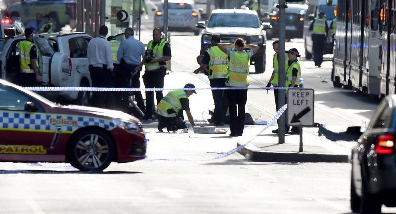В мире: Наезд на пешеходов в Мельбурне: 14 человек ранены, водитель задержан