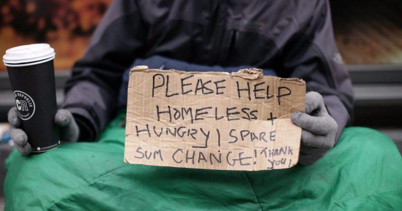Общество: Шестилетний лондонец организовал кампанию, чтобы согреть бездомных этой зимой