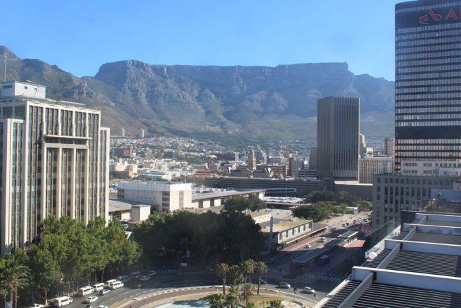 Cape-Town-tuA4XUAAy7NB