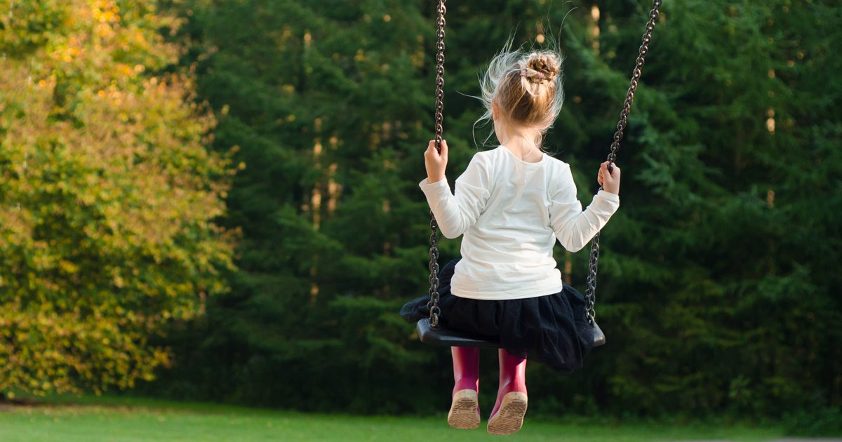 https://skitterphoto.com/photos/399/girl-on-a-swing