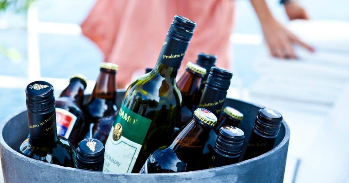 https://www.pexels.com/photo/alcohol-beer-beer-bottle-beverage-273940/