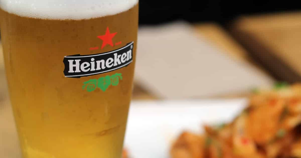 https://www.pexels.com/photo/filled-heineken-pilsner-glass-70598/