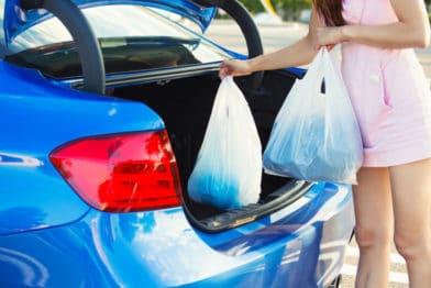 складывать покупки в машину