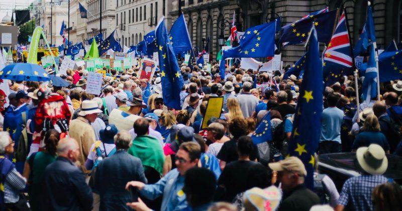 Общество: В Лондоне прошел самый масштабный протест относительно Brexit, сплотивший 670 тыс. британцев