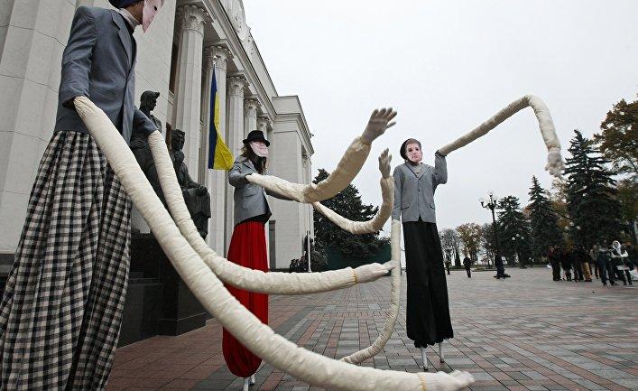 Общество: The Atlantic Council (США): почему нам нельзя забывать об Украине