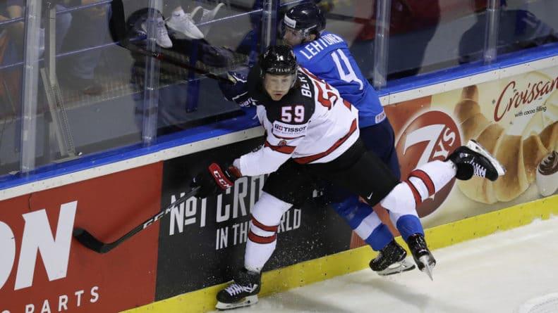 Общество: Сборная Финляндии победила Канаду на ЧМ-2019 по хоккею
