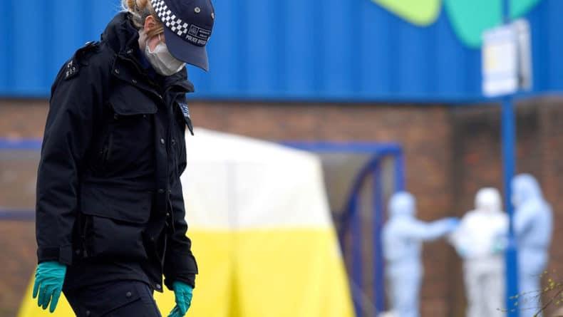 Общество: Полиция Британии не смогла связать отравления в Солсбери и Эймсбери