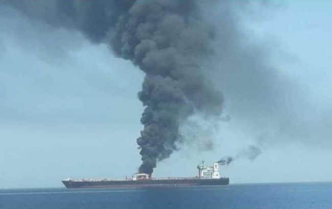 Общество: Британия считает Иран ответственным за нападения на танкеры в Османской заливе