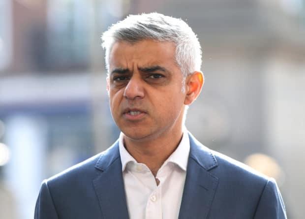 """""""Будто ребенок"""": мэр Лондона отреагировал на оскорбления со стороны Трампа"""