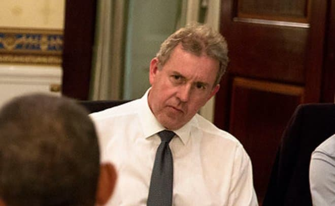 Посол Великобритании в США ушел в отставку после скандала с утечкой писем