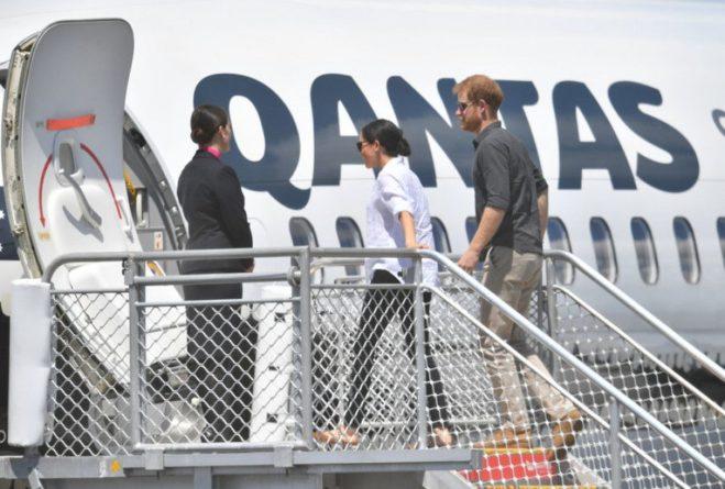 Общество: Принца Гарри и Меган Маркл обвинили в чрезмерном использовании частных самолетов
