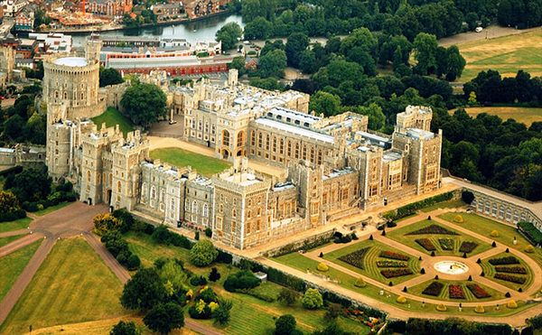 windsor-castle-in-windsor-1.jpg