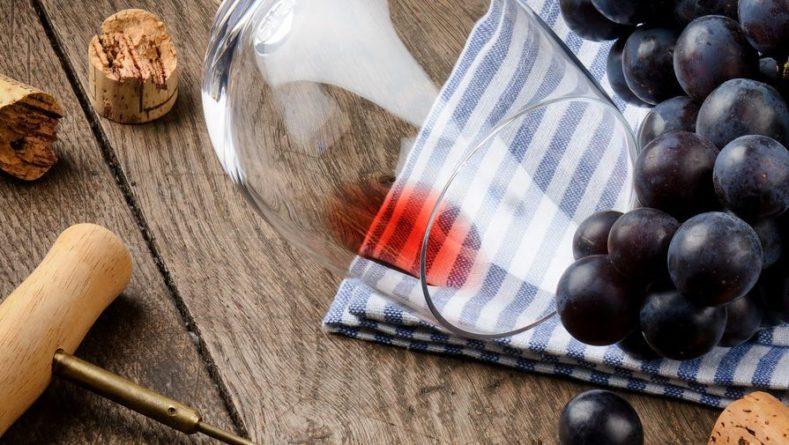 Общество: Британские ученые рассказали о пользе красного вина