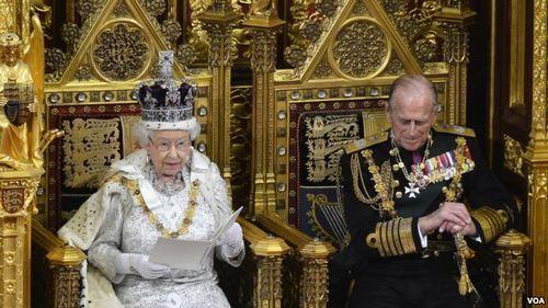Елизавета II одобрила просьбу Джонсона - Cursorinfo: главные новости Израиля