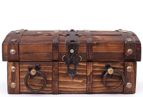Общество: Британская семья с помощью металлоискателя нашла клад стоимость 6 млн долларов