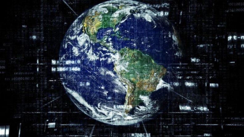 Общество: В России пиратские ссылки будут удалять из поисковиков за 6 часов