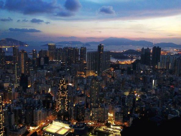 Общество: Власти Гонконга из-за протестов потратили $1 млн на улучшение имиджа города