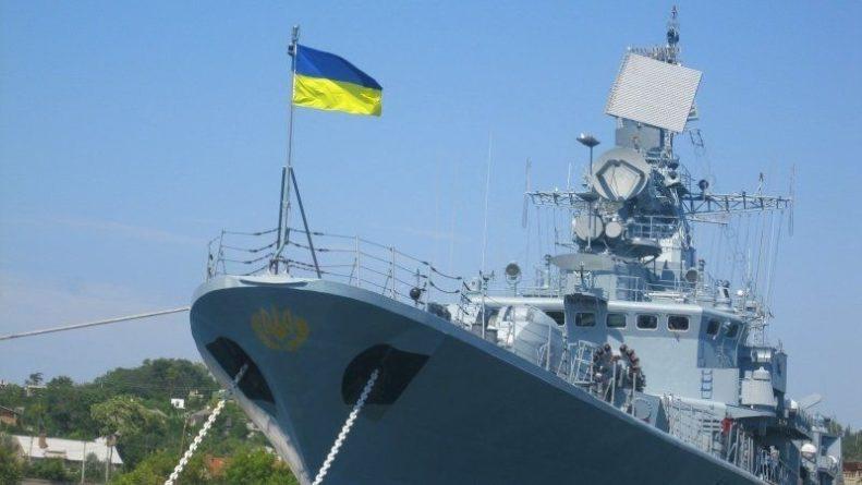 Общество: Украина объяснила, почему не будет возвращать брошенные в Крыму корабли