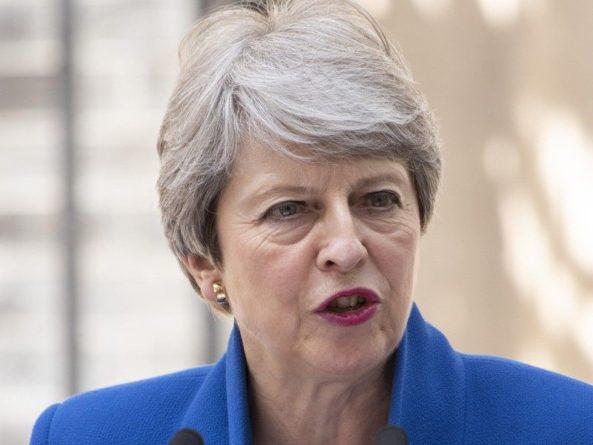 Общество: Мэй призвала британский парламент поддержать соглашение с ЕС