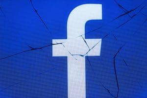 Общество: Facebook закрыла глаза на мошенников, обещающих вылечить рак