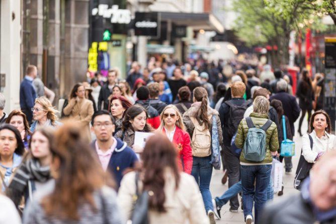 Общество: Население Великобритании достигнет 70 млн человек к 2031 году